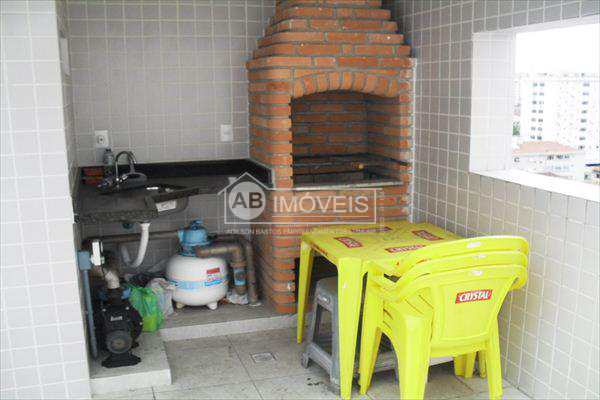 Cobertura em Santos bairro Campo Grande