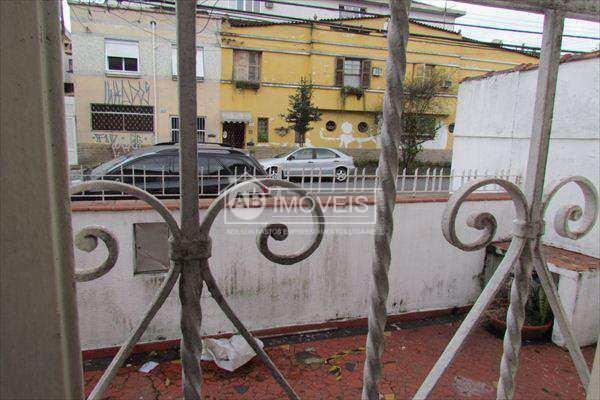 Casa em Santos bairro Boqueirão
