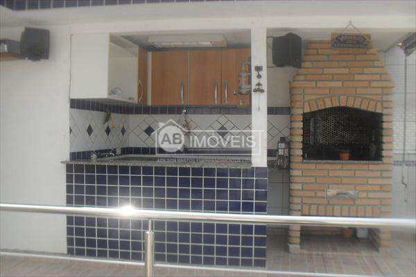 Sobrado em Santos bairro Macuco