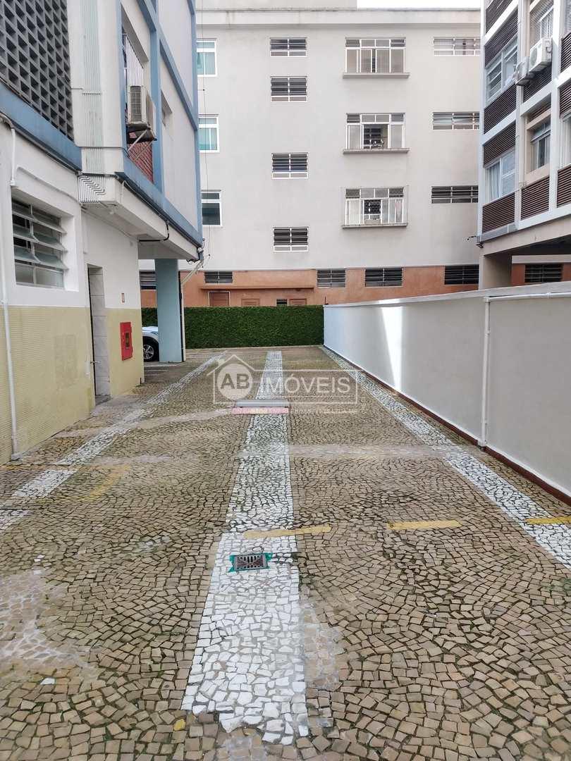 Apto todo Reformado, 2 dorms, suíte, gar, Boqueirão- R$ 590 mil