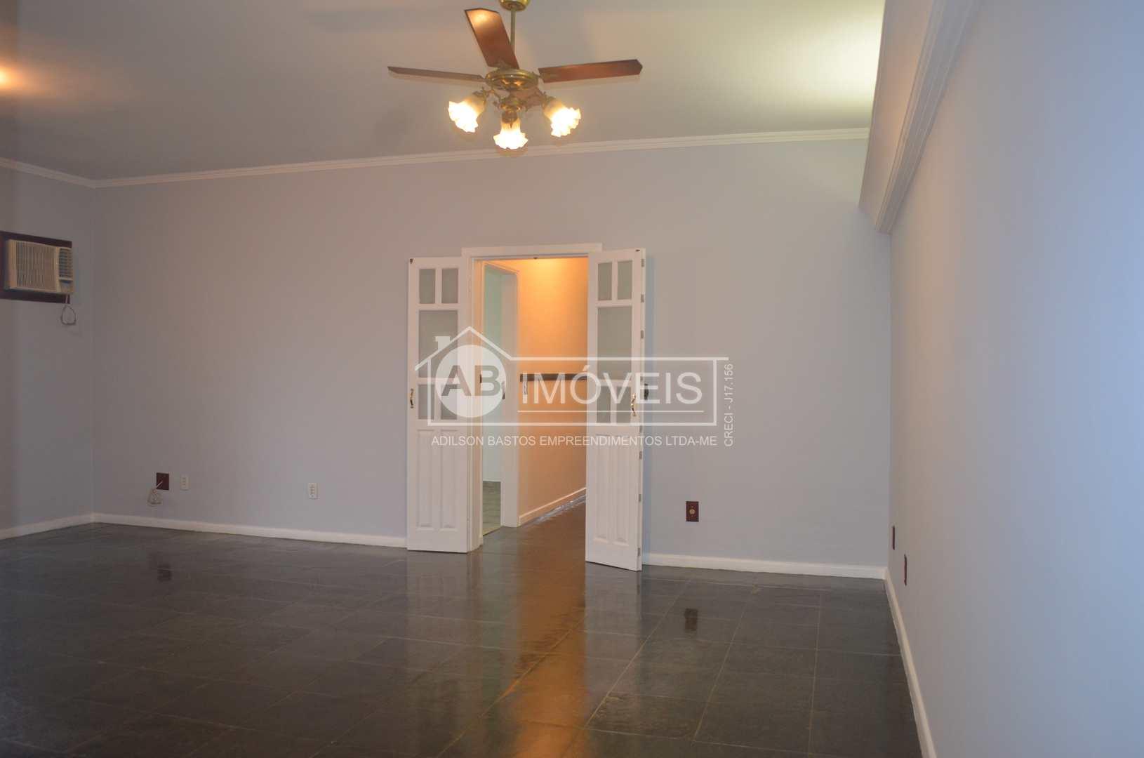 Apartamento com 3 dorms, Gonzaga, Santos - R$ 840 mil, Cod: 4237