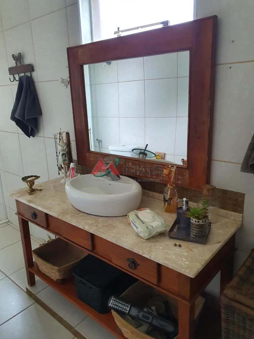 Casa de Condomínio com 4 dorms, Condomínio Fechado Village Haras São Luiz, Salto - R$ 1.2 mi, Cod: 1680