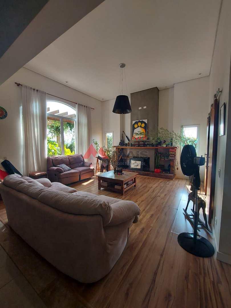 Casa de Condomínio com 3 dorms, Terras de Mont Serrat, Salto - R$ 1.3 mi, Cod: 1786