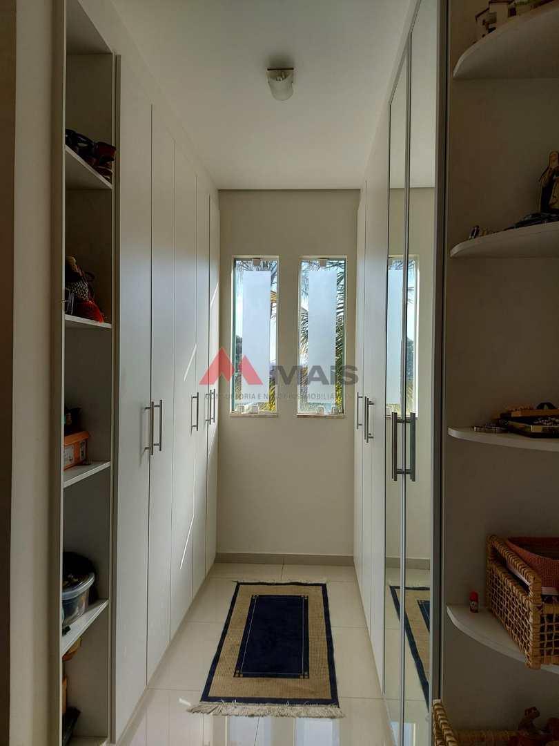 Casa de Condomínio com 4 dorms, Haras Paineiras, Salto - R$ 2.3 mi, Cod: 1792
