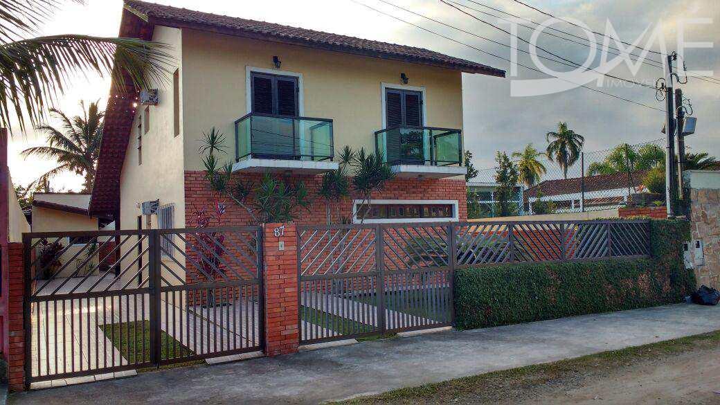 Sobrado com 3 dorms, Centro, Bertioga - R$ 500 mil, Cod: 624