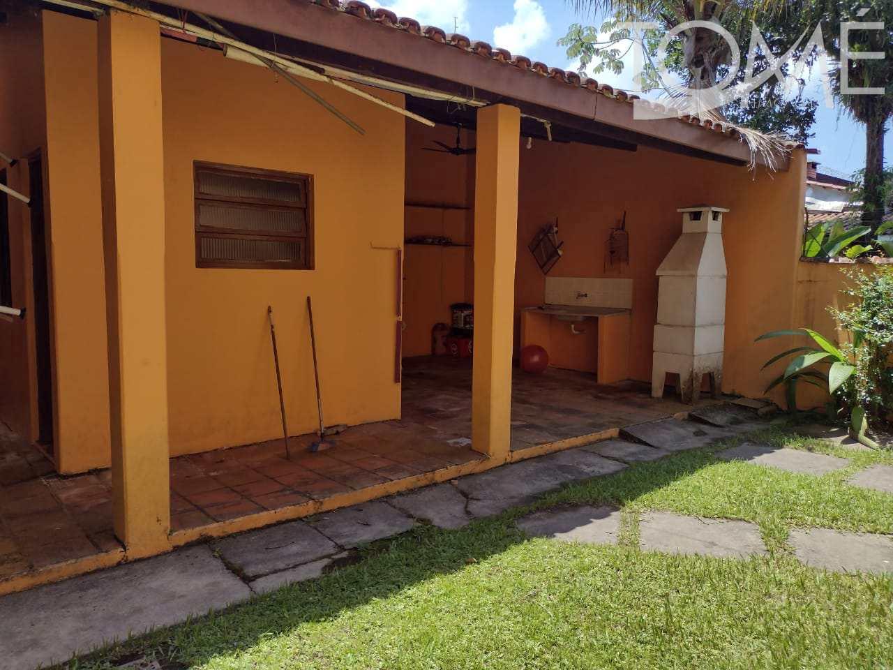 Sobrado com 4 dorms, Indaiá, Bertioga - R$ 800 mil, Cod: 946