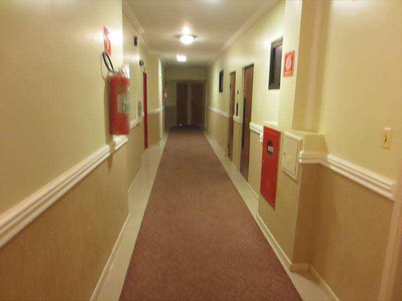 1070100-FLAT___GONZAGA___CORREDOR_HOTEL_01.jpg