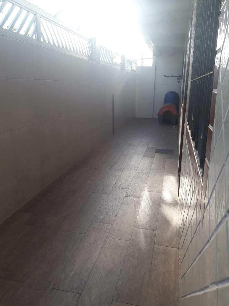 Casa com 2 dorms, Parque Bitaru, São Vicente, Cod: 10950