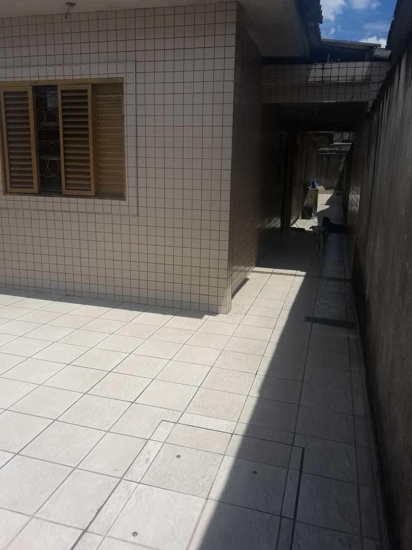 Casa com 2 dorms, Vila Jockei Clube, São Vicente - R$ 220 mil, Cod: 11000