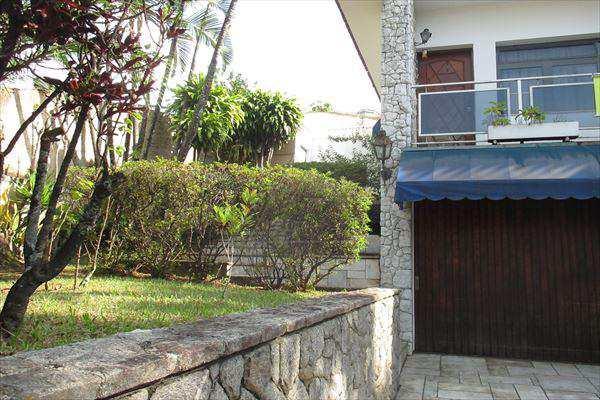 Casa de 4 dormitórios à venda em Caxingui, Sao Paulo - SP
