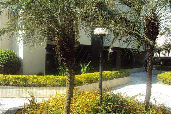 Apartamento de 3 dormitórios à venda em Jardim Londrina, Sao Paulo - SP
