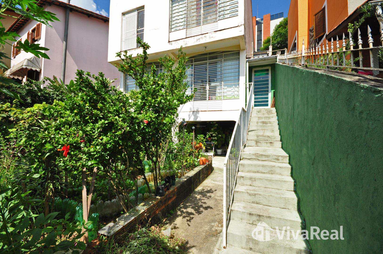 Casa 4 dorms/2stes/3vgs. Jd. Leonor - R$ 1.000.000 ref. 2977