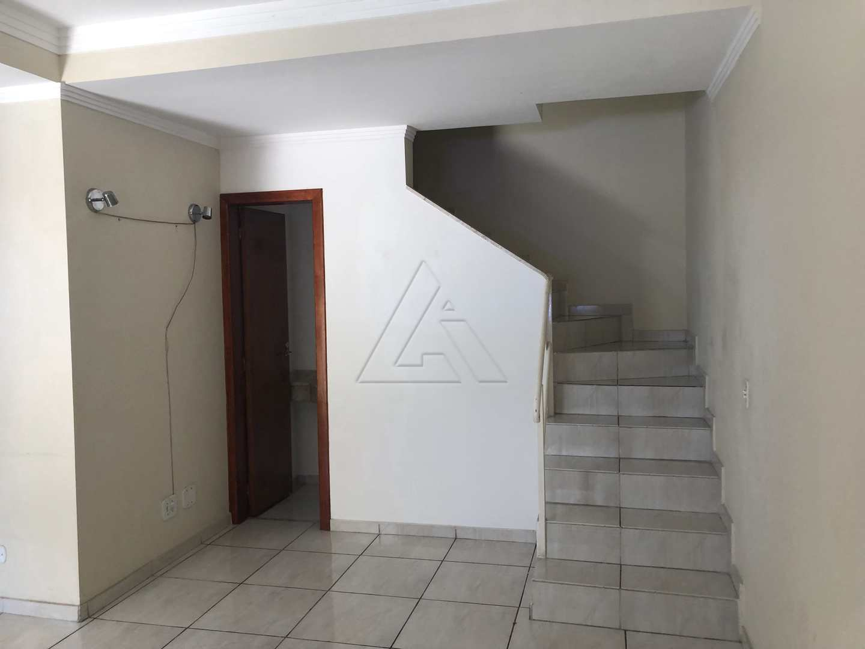 Sobrado com 3 dorms, Parque Pinheiros, Taboão da Serra - R$ 600 mil, Cod: 3783
