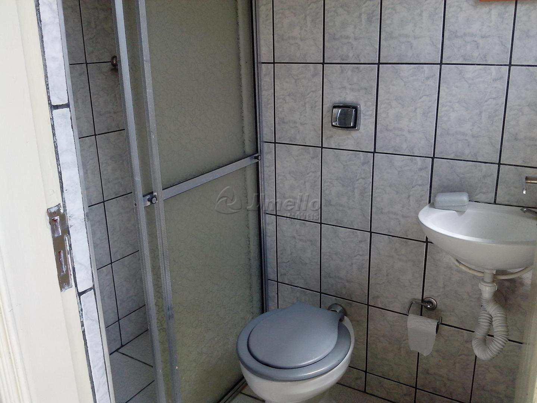 29 Banheiro - Edícula