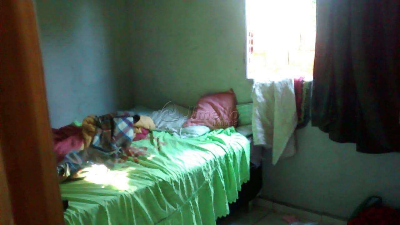 Casa com 3 dorms, Vila Lavínia, Mogi das Cruzes - R$ 300 mil, Cod: 567
