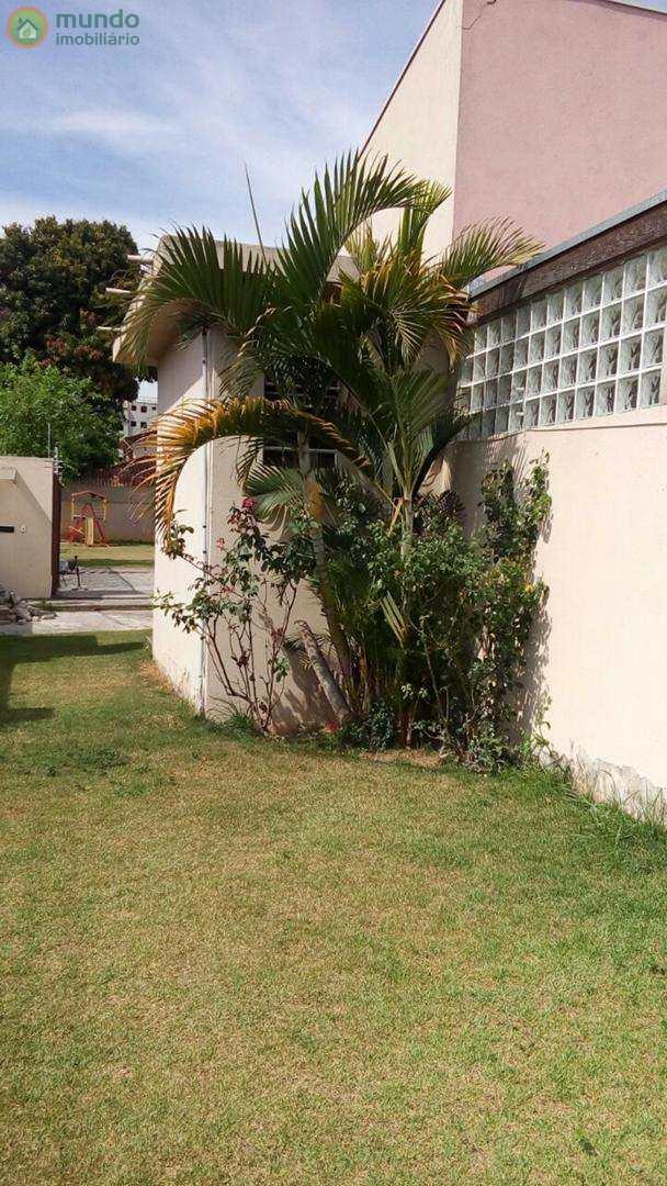 Casa de Condomínio com 2 dormitórios, Parque São Luís, Taubaté