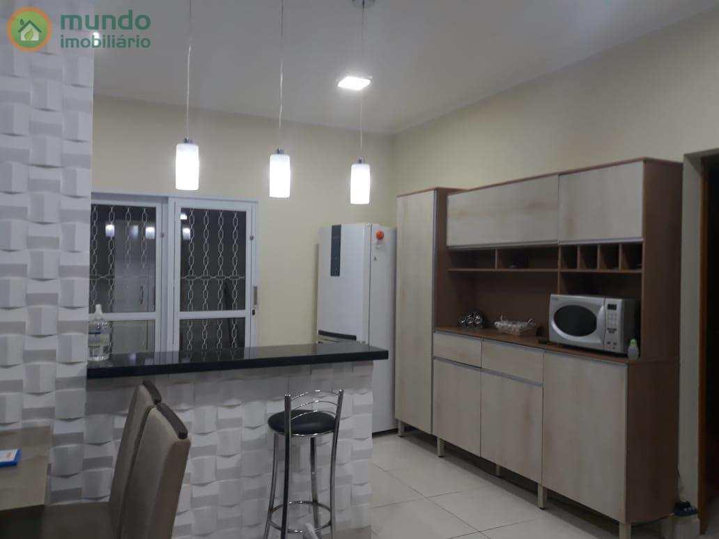 Casa com 2 dormitórios, Residencial Estoril, Taubaté - SP