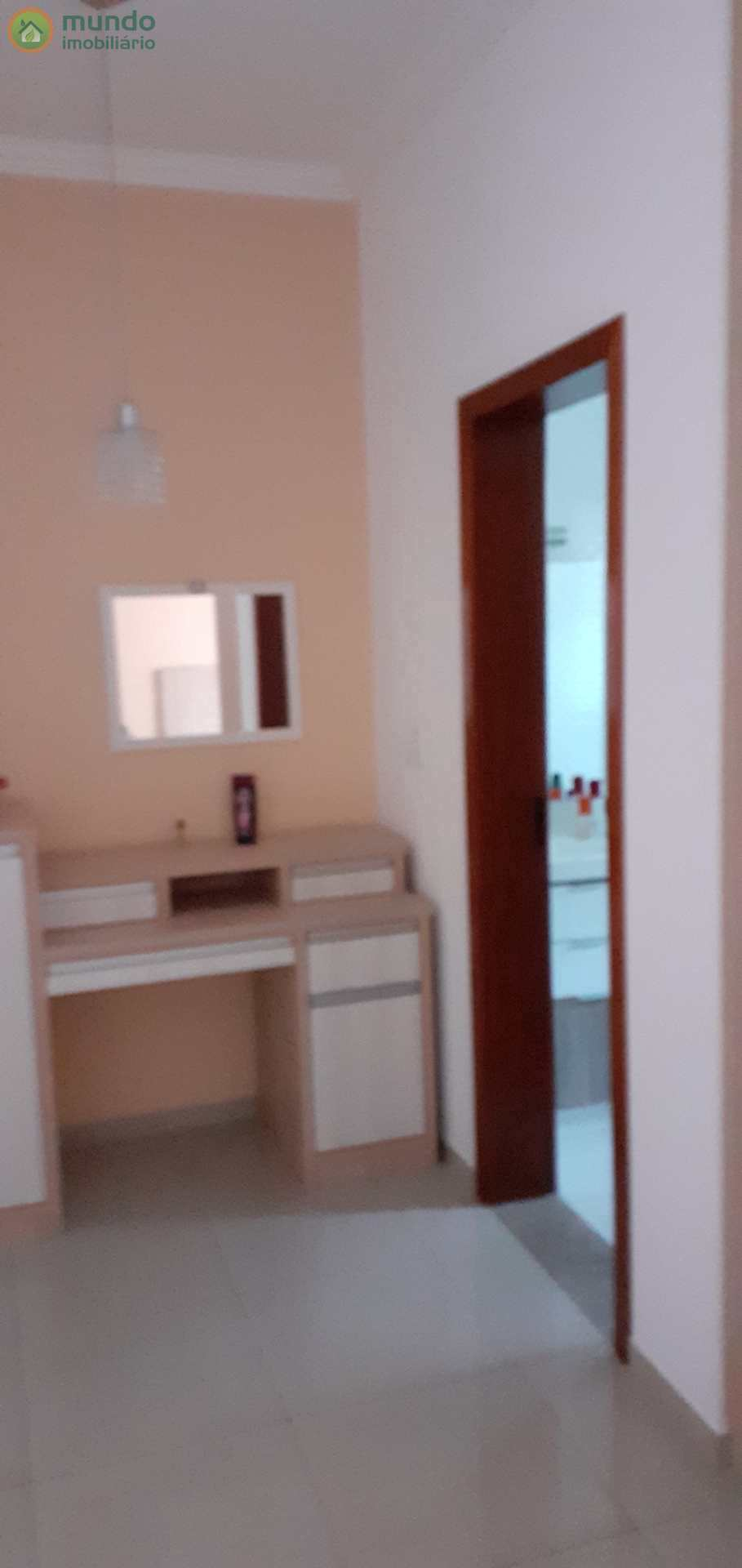 Casa com 3 dorms, Chácara do Visconde, Taubaté - R$ 900 mil, Cod: 6604