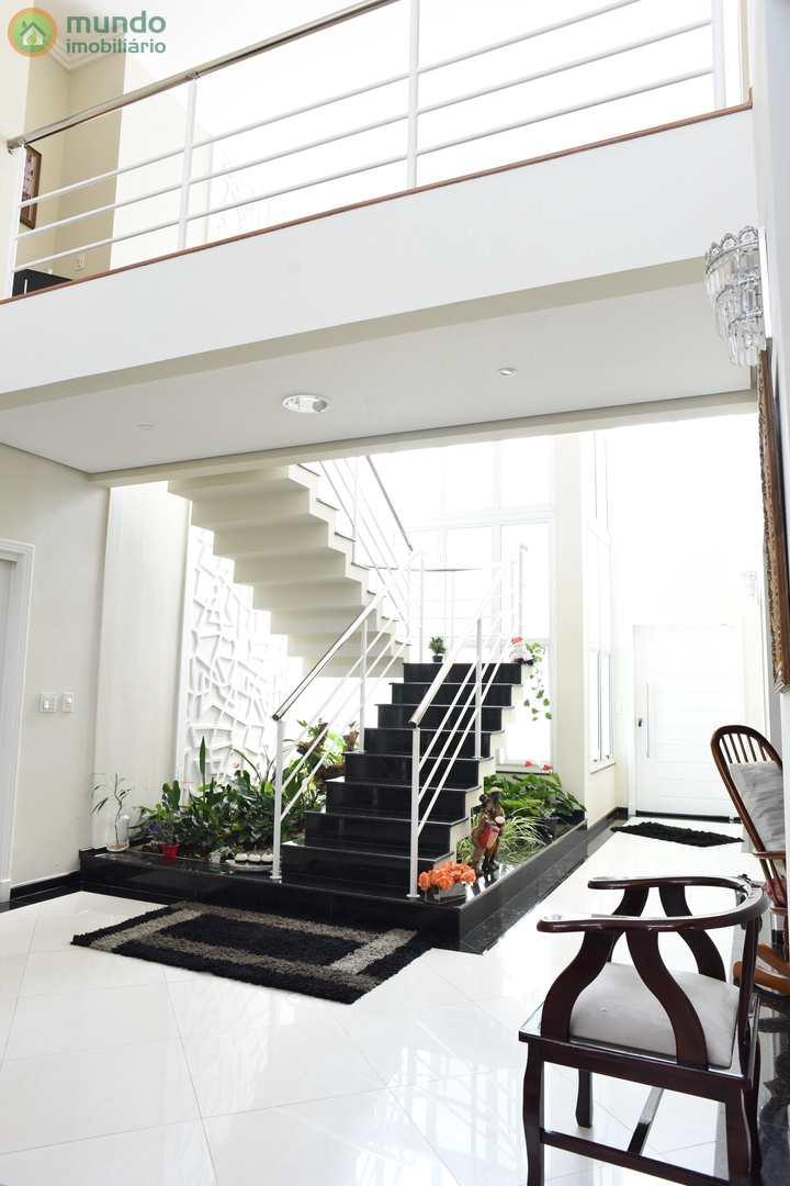 Sobrado com 4 suítes, Condomínio Portal do Sol, Tremembé-SP