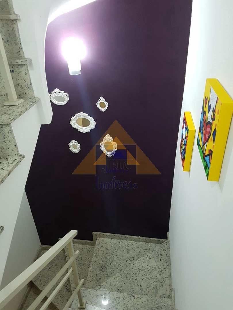 Sobrado com 3 dorms, Vila Marina, Santo André - R$ 500 mil, Cod: 8989
