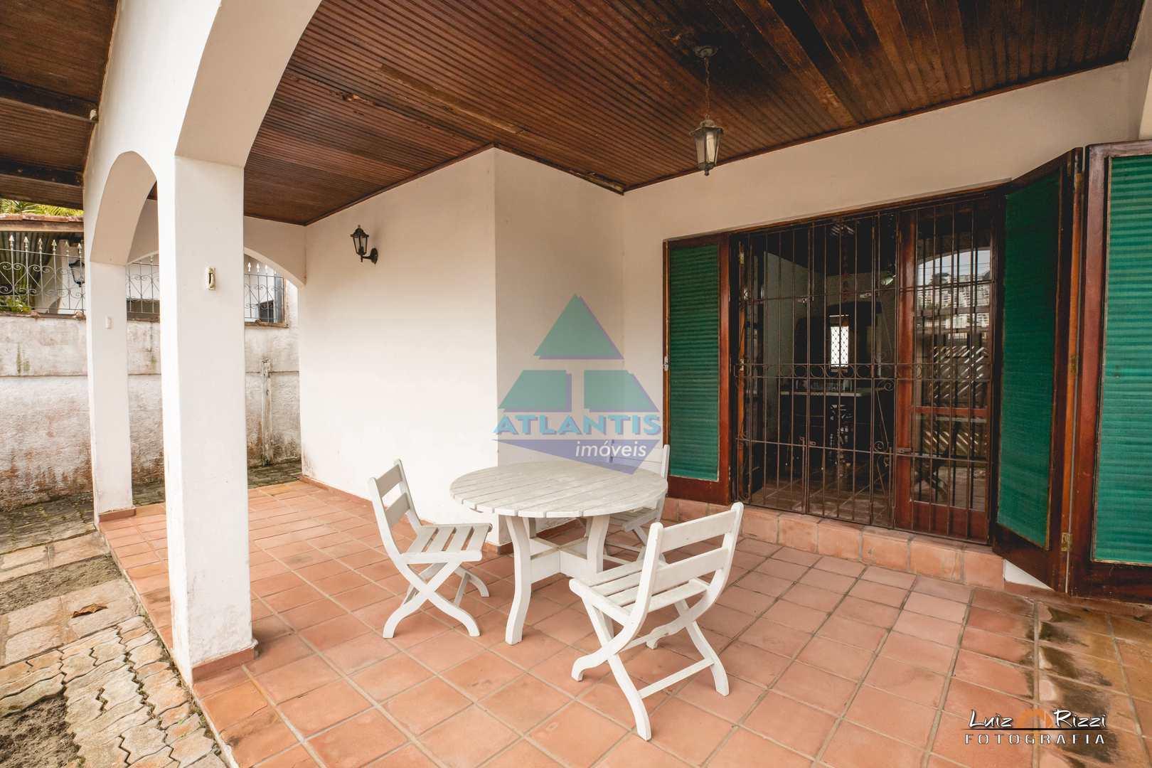 Casa com 3 dorms, Praia das Toninhas, Ubatuba - R$ 500 mil, Cod: 520