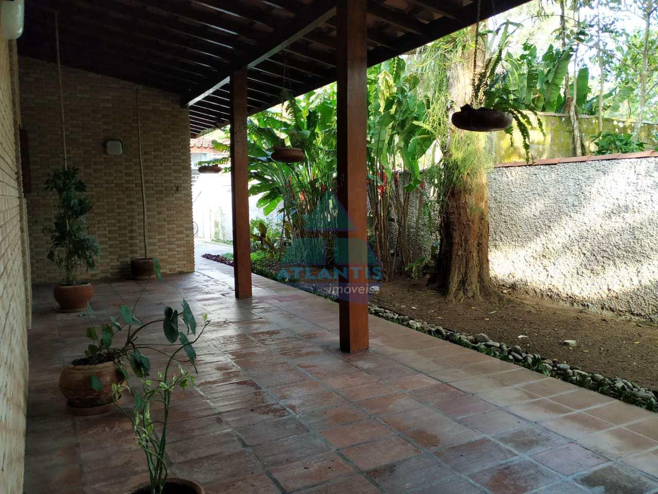 Casa com 5 dorms, Praia do Lázaro, Ubatuba - R$ 2.2 mi, Cod: 1143