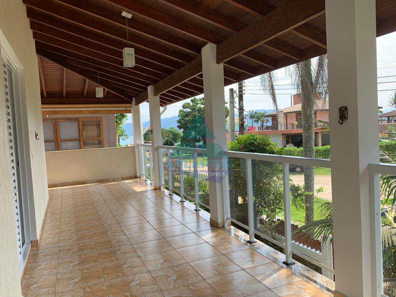 Casa com 4 dorms, Condomínio Lagoinha, Ubatuba - R$ 1.6 mi, Cod: 1177