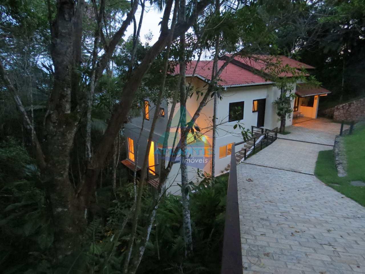 Casa com 4 dorms, Ponta das Toninhas, Ubatuba - R$ 2.56 mi, Cod: 1230