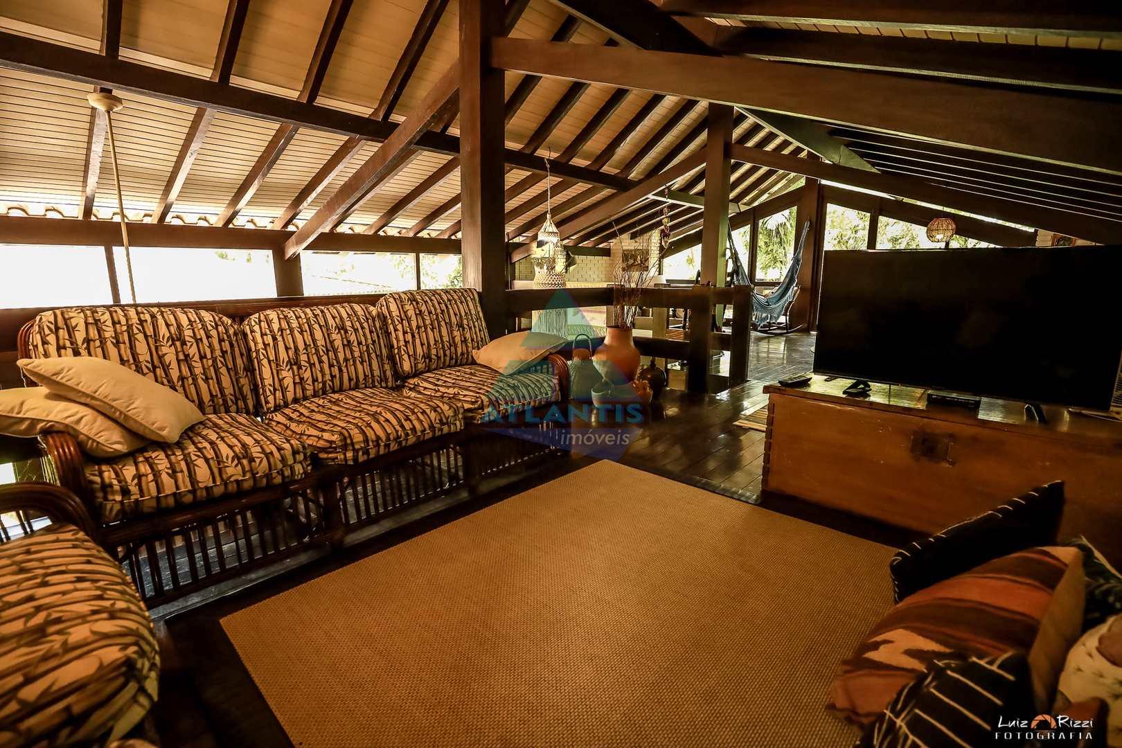 Casa com 5 dorms, Praia Vermelha do Sul, Ubatuba - R$ 3.5 mi, Cod: 1408