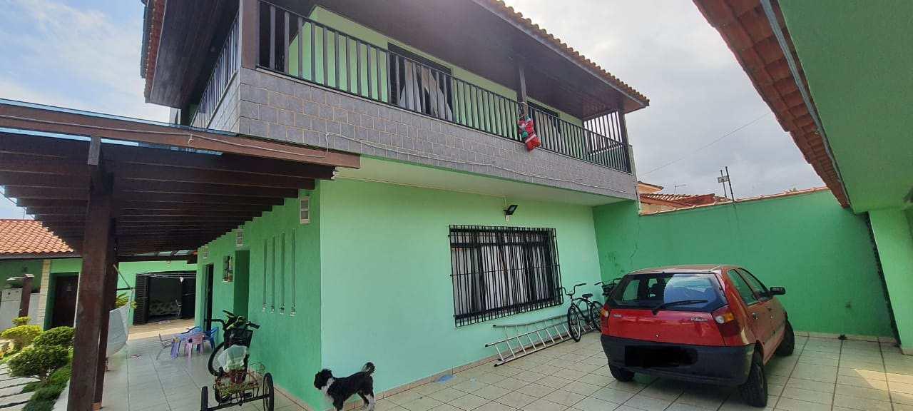 Sobrado com 4 dorms, Balneário Mongaguá, Mongaguá - R$ 850 mil, Cod: 3510