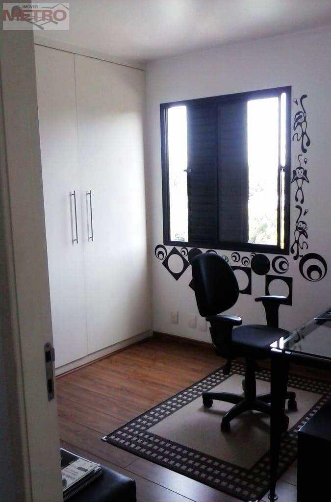 Apartamento com 3 dorms, Alto da Boa Vista, São Paulo - R$ 685 mil, Cod: 90910