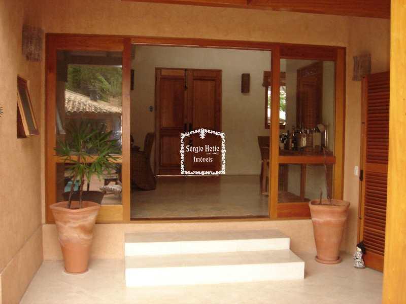 Casa Plana, perto do Yach Club