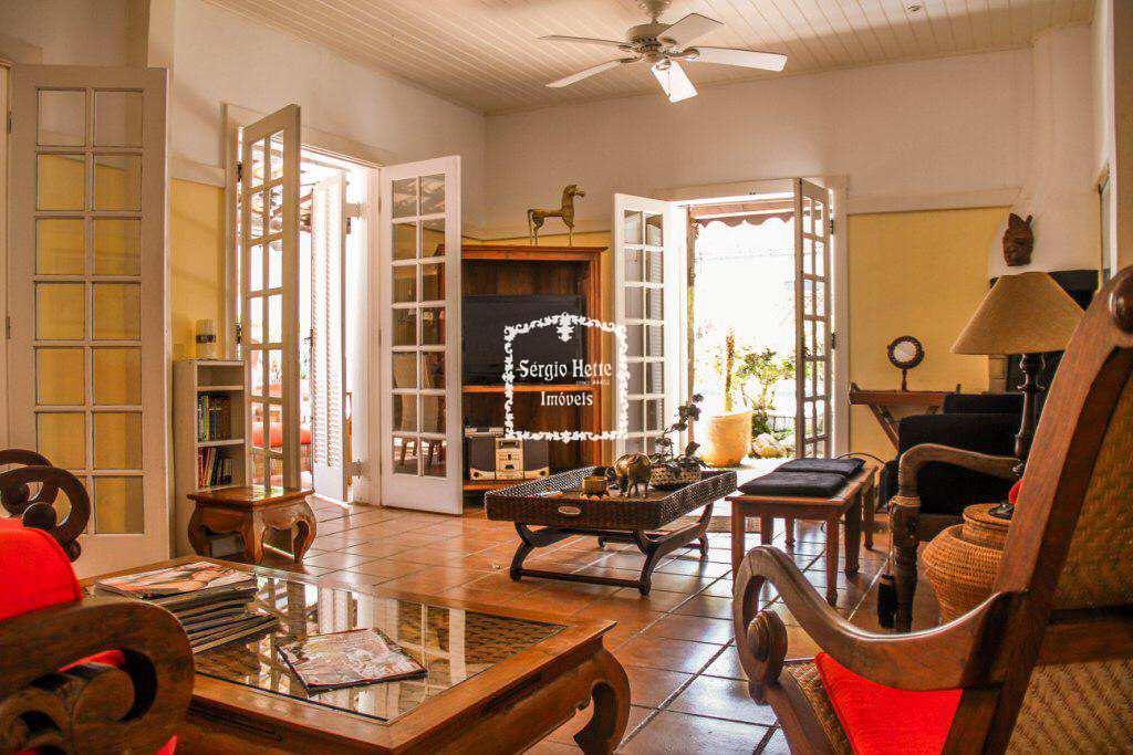Casa 50 mts da Praia, Ilhabela - R$ 1.700.000,00,   Codigo 45