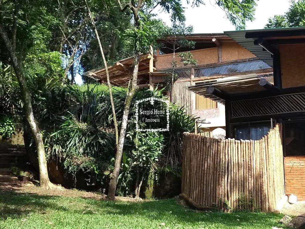 Casa com 2 dorms, Sul, Ilhabela - R$ 1.42 mi, Cod: 640