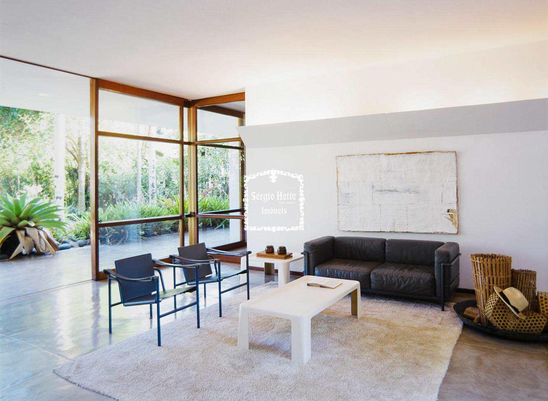 Ilhabela, casa Pé na Areia - Proj. de Arq. Oscar Niemeyer