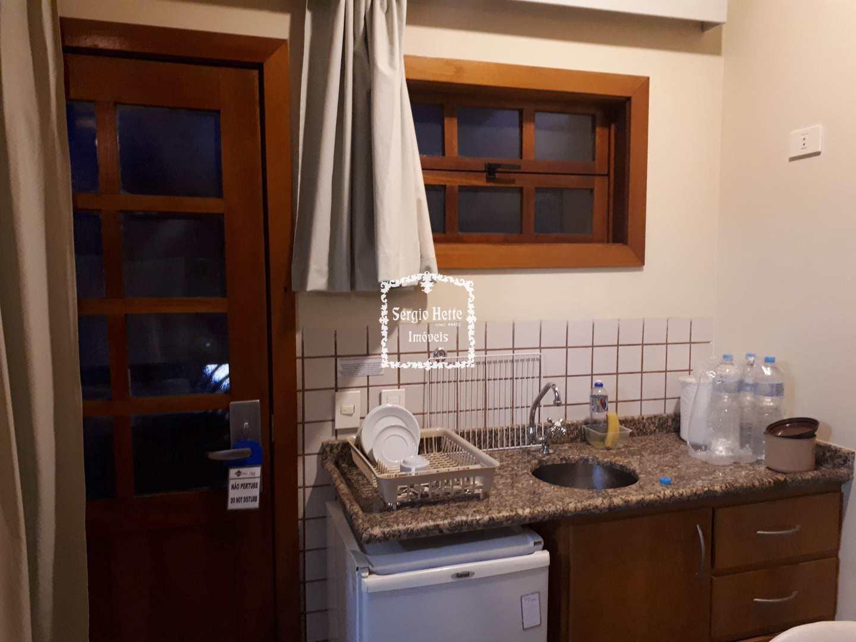 Flat com 2 dorms, Centro, Ilhabela - R$ 280 mil, Cod: 653