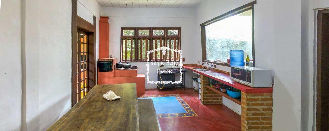Casa, integrada a natureza - Centro -  7 suítes