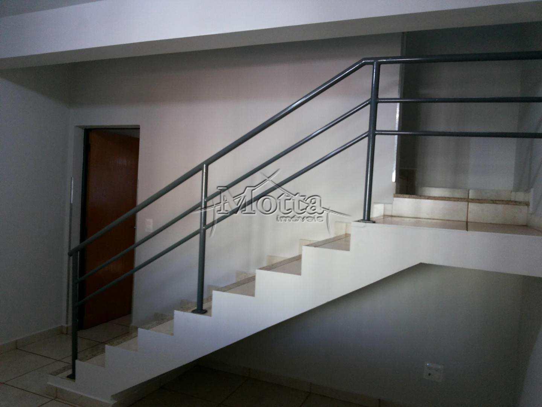 Sobrado com 2 Dorms, Centro, Cravinhos - Cod: 957
