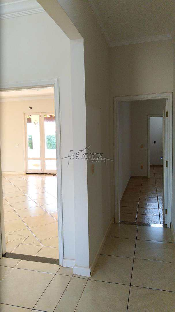 Casa com 3 dorms, Ana Carolina, Cravinhos - R$ 700 mil, Cod: 981