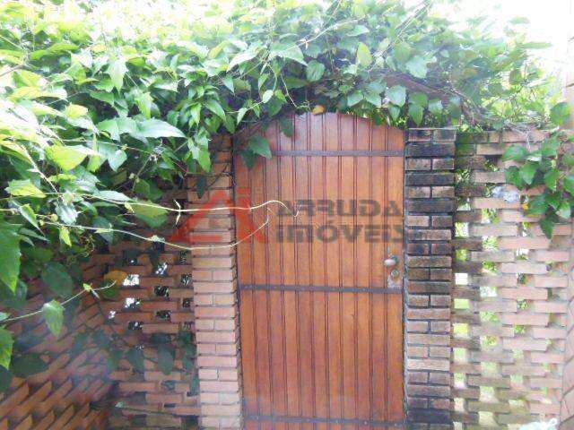 466800-ENTRADA_DE_SERVICO.jpg