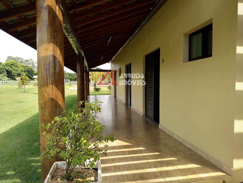 Chácara com 5 dorms, Condominio de Chacaras Santa Filomena - Salto, Salto - R$ 4 mi, Cod: 42523