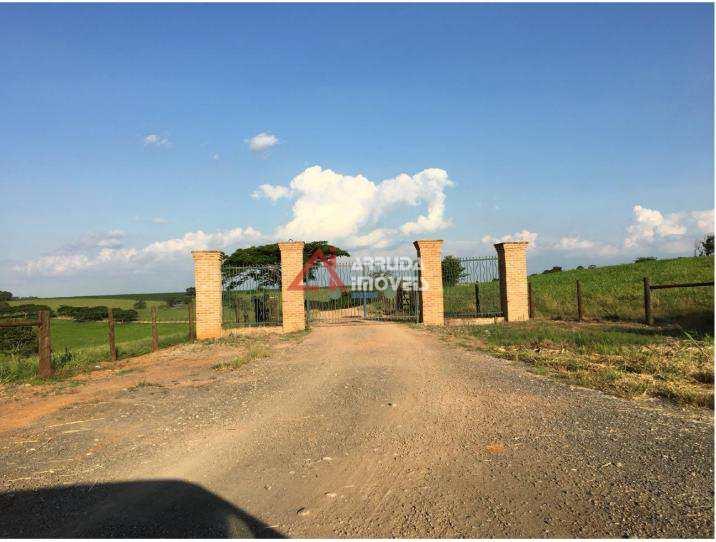 Fazenda com 4 dorms, Área Rural de Campinas, Campinas - R$ 16.7 mi, Cod: 42576