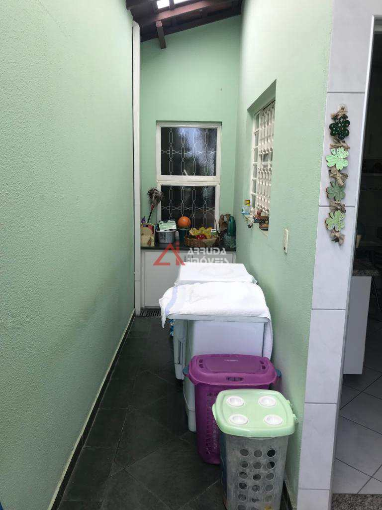 Casa com 3 dorms, São Luiz, Itu - R$ 390 mil, Cod: 42676