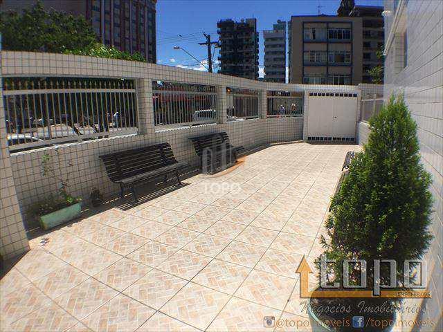 Excelente KIT no bairro do Boqueirão, ao lado do centro comercial, pertinho da praia, com excelente valor para negociação.