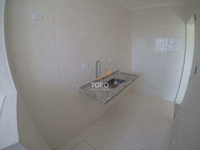 Apartamento novo no bairro Guilhermina, excelente oportunidade para morar bem em ótima localização.