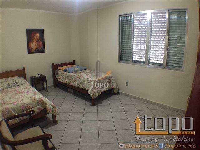 Ótimo imóvel de 01 dormitório no bairro do Boqueirão em Praia Grande-SP