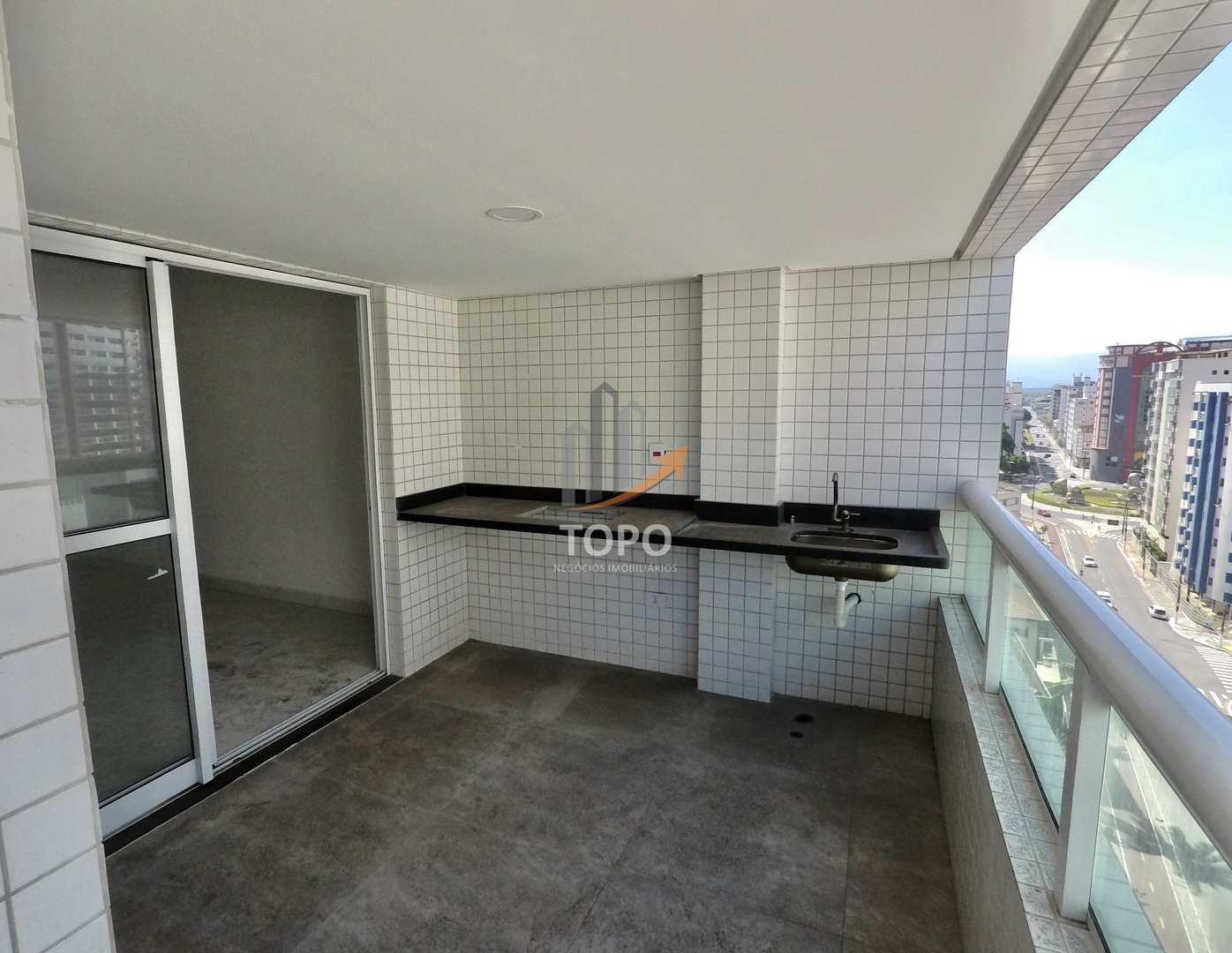Apartamento com 3 dorms, Guilhermina, Praia Grande - R$ 880 mil, Cod: 5696