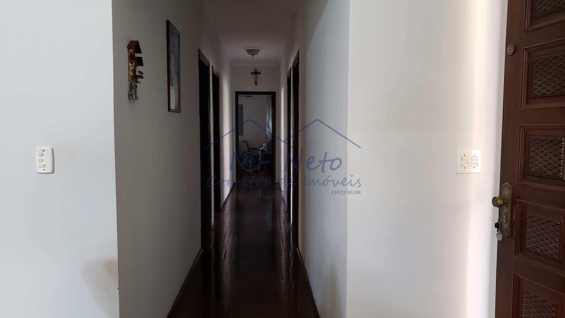 Casa com 4 dorms, Jardim Petrópolis, Pirassununga - R$ 600 mil, Cod: 10131683