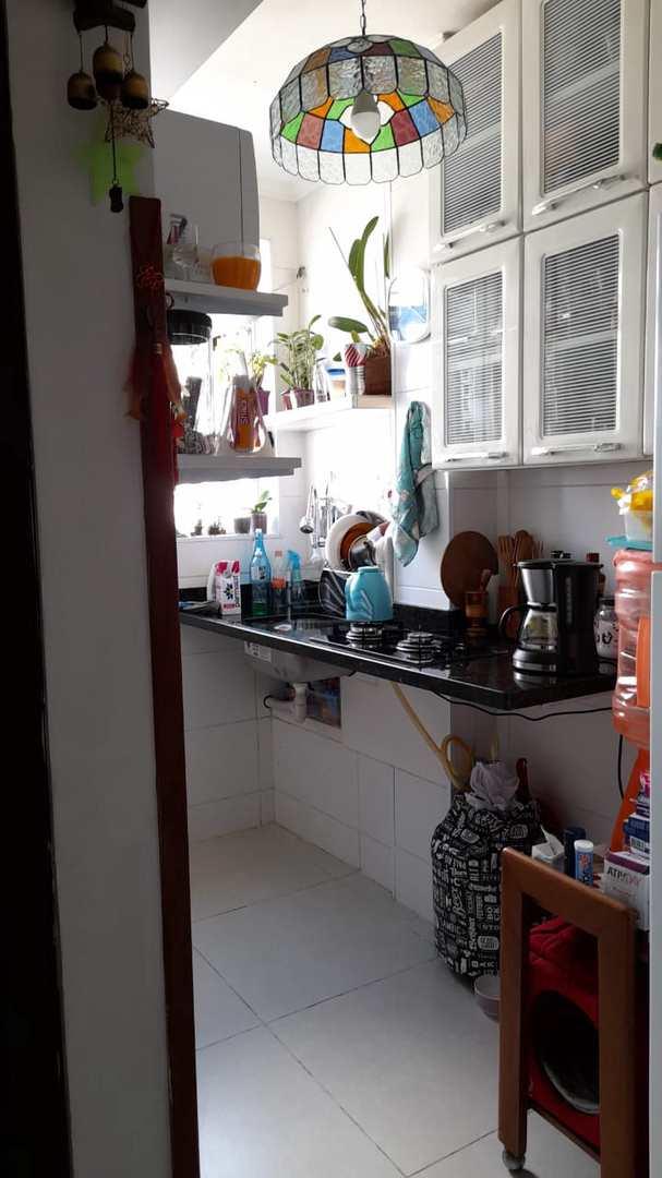 Kitnet com 1 dorm, Centro, São Vicente - R$ 160 mil, Cod: 589