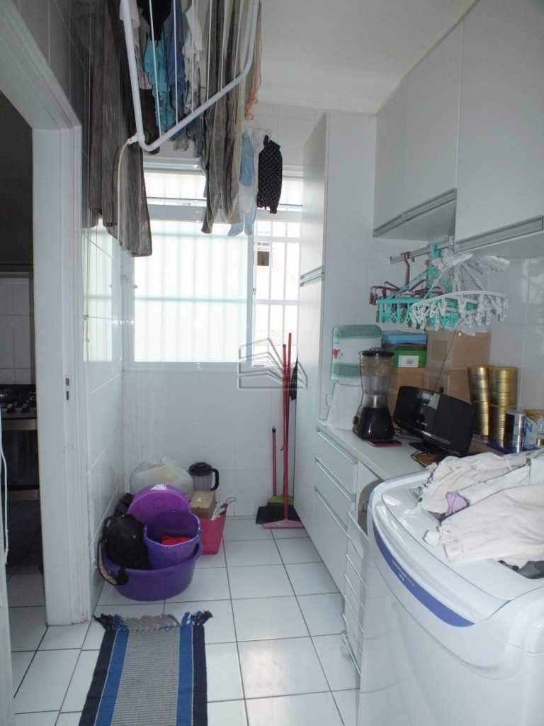 2.2 area de servico e banheiro (6)